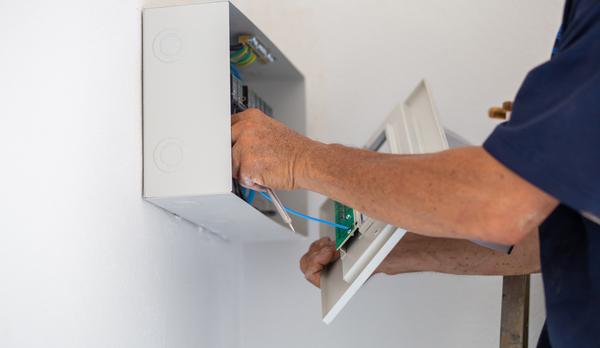 que mesure un compteur électrique maison appartement